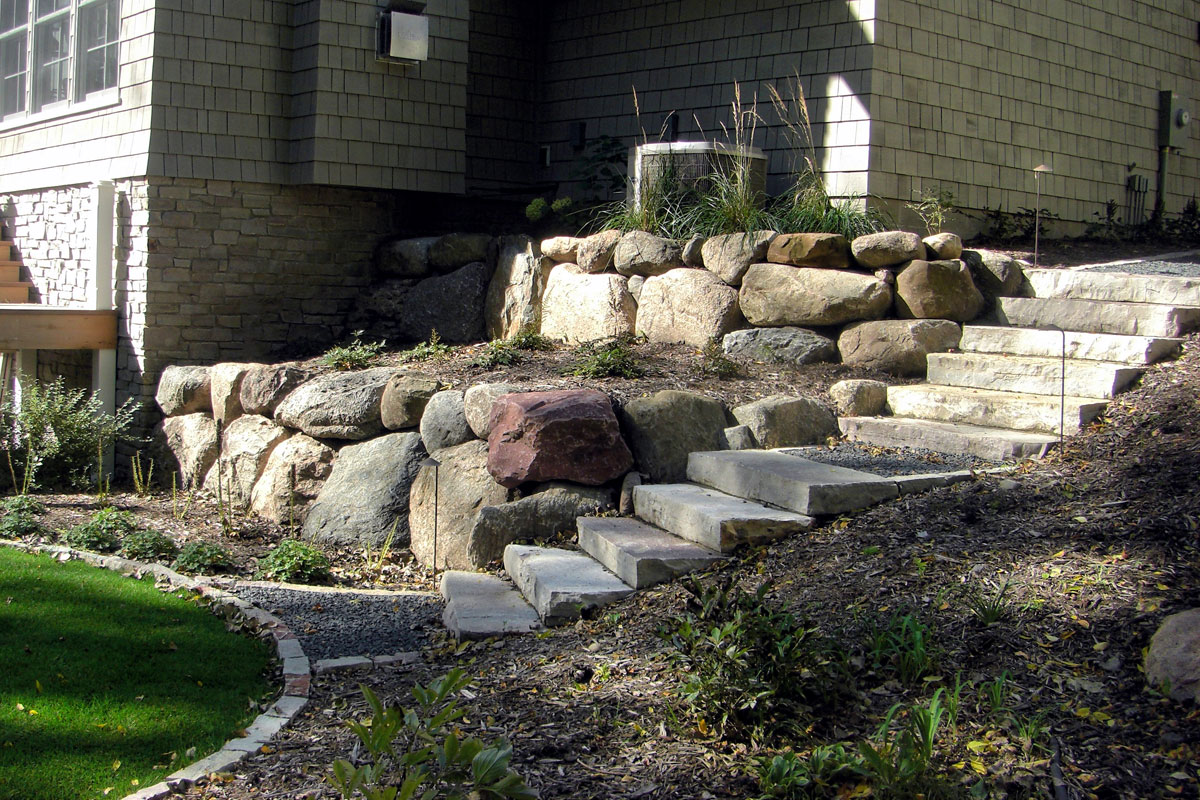 ©2012 Cold Stone Shorelines And Retaining Walls.
